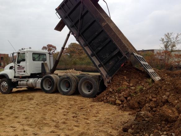 dump truck be dumpin'